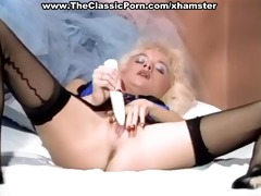 blond in